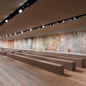 【DIOR】エヴァ・ジョスパンによるオートクチュールの舞台装飾をロダン美術館で一般公開の画像